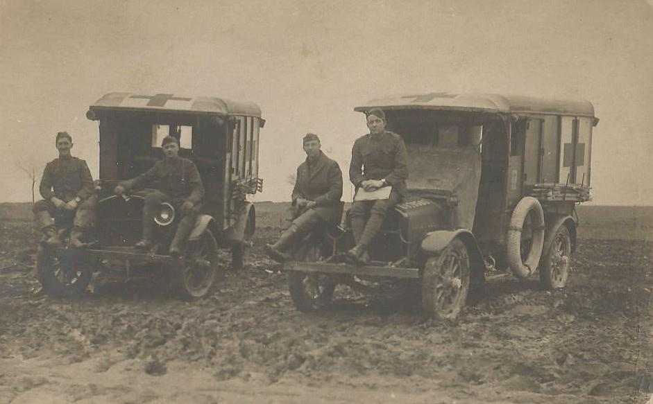 ww1 ambulances