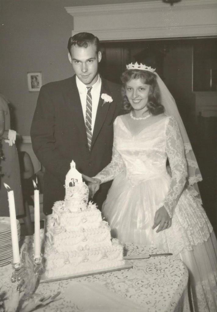 mom and dad wedding9