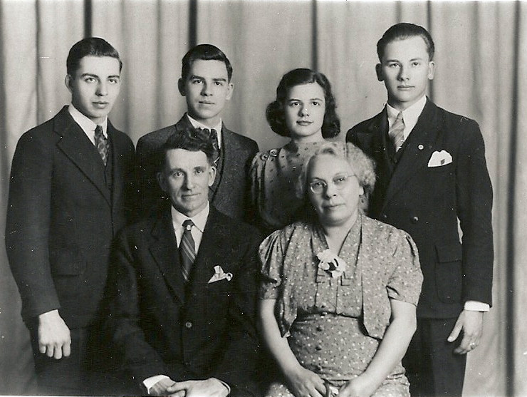 Back row lft to rt Clifford Kimble_ Donald Kimble_ Doris Kimble_ Norman Kimble Seated Roy_ Ruth Kimble
